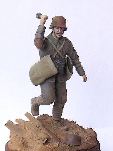 Фигурки: Германский гранатометчик, 1916-17гг., фото #2