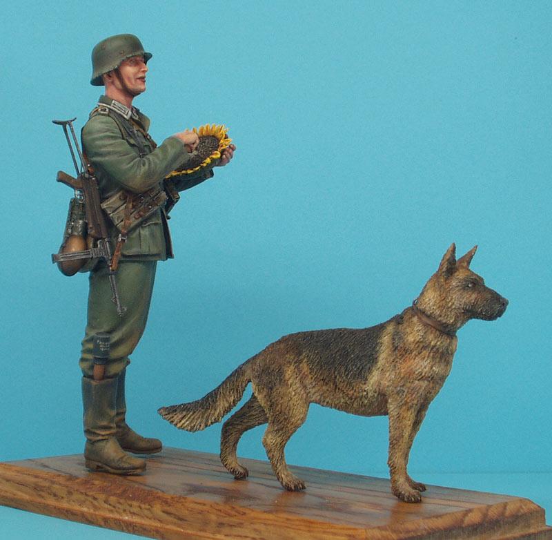 Фигурки: Немецкий солдат с подсолнухом, фото #2