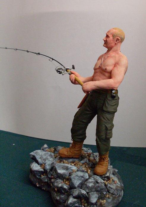 Скульптура: Владимир Путин на рыбалке, фото #6
