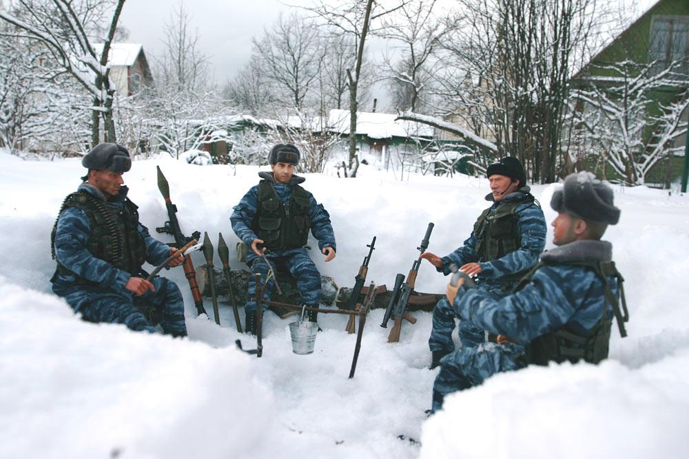 Разное: Питерский ОМОН в Чечне, Старые Атаги, 2002 , фото #1