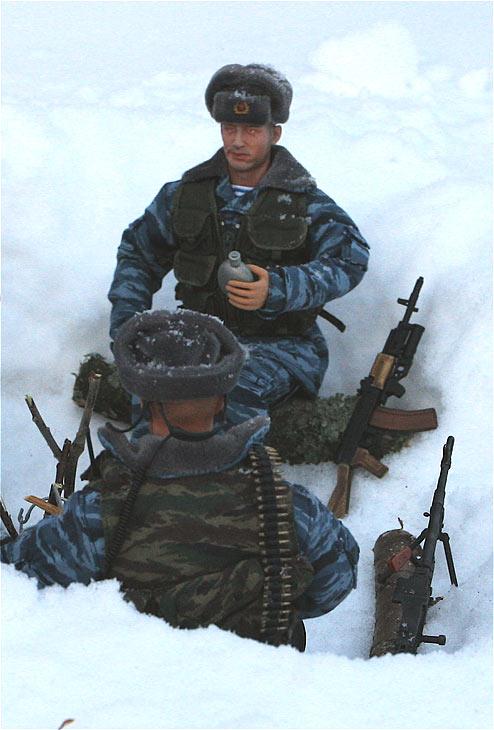 Разное: Питерский ОМОН в Чечне, Старые Атаги, 2002 , фото #3