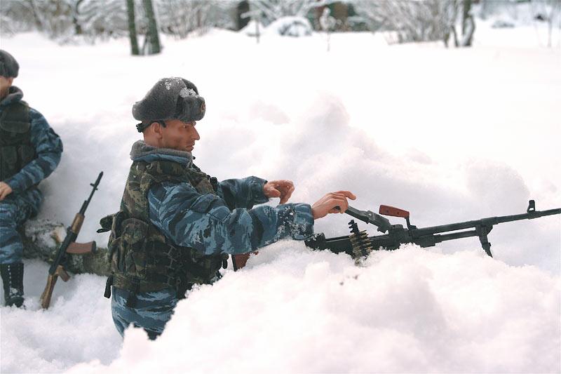 Разное: Питерский ОМОН в Чечне, Старые Атаги, 2002 , фото #9