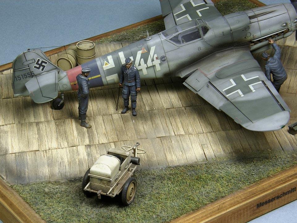 Диорамы и виньетки: Bf.109G-10, или