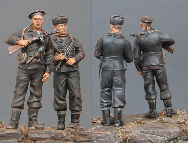 Скульптура: Чёрные бушлаты