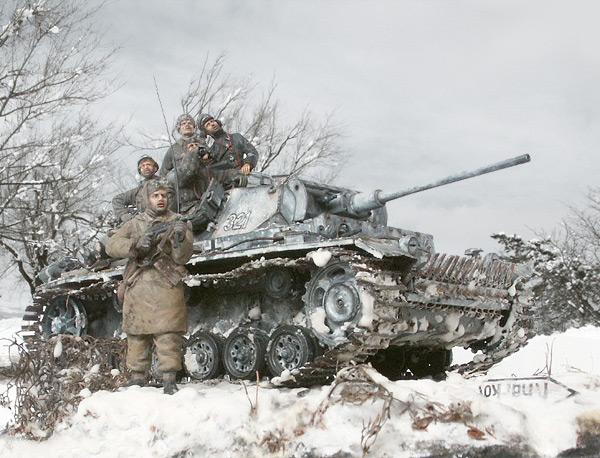 Диорамы и виньетки: Харьков, 1943