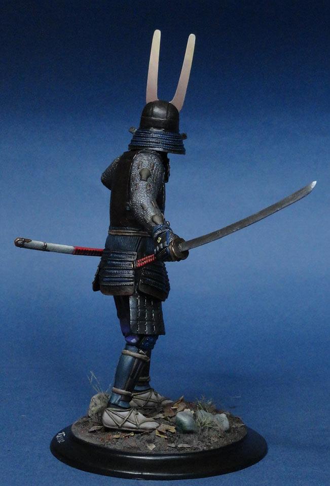 остановились пятизвездочном самурай фигурка фото давних пор