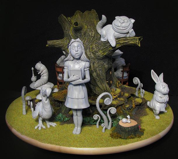 Скульптура: Алиса в Стране Чудес