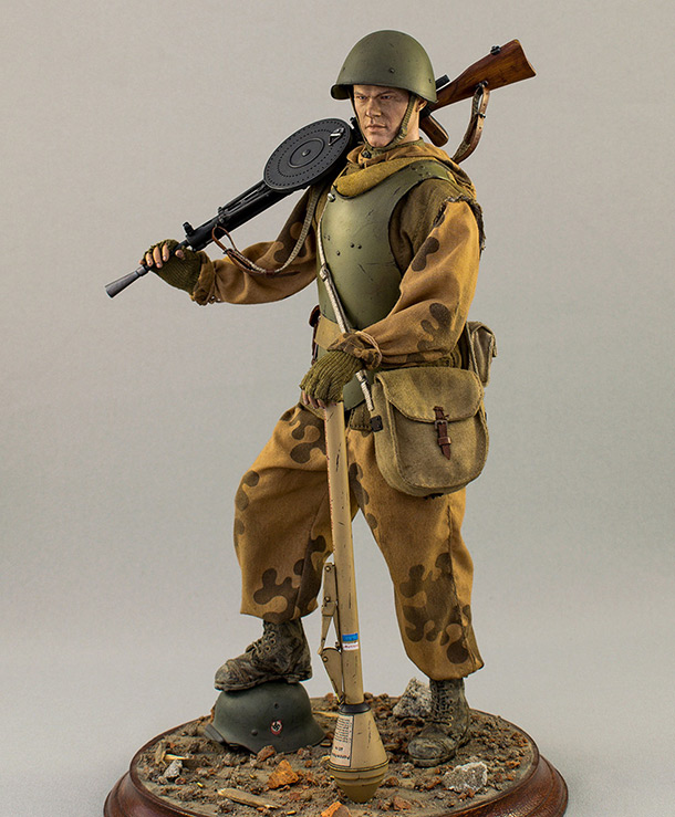 Фигурки: Советский пулеметчик ШИСБр. Германия. Май 1945 г.