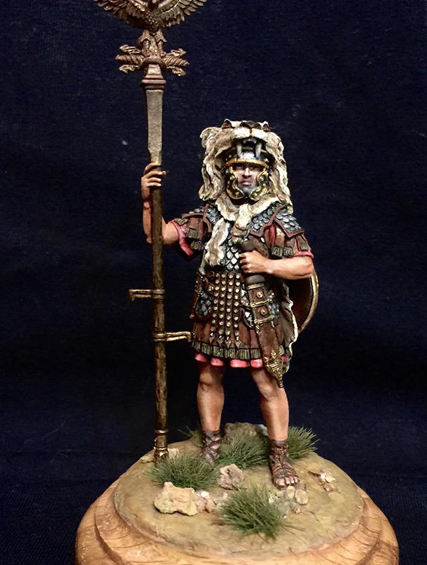 Фигурки: Аквилифер римского легиона. 1-2 вв. н.э