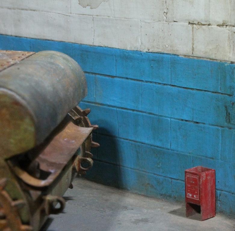 Диорамы и виньетки: КВ-1 на реставрации, фото #12