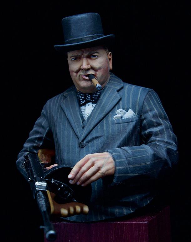 Фигурки: Уинстон Черчилль с автоматом Томпсона, 1940 г.