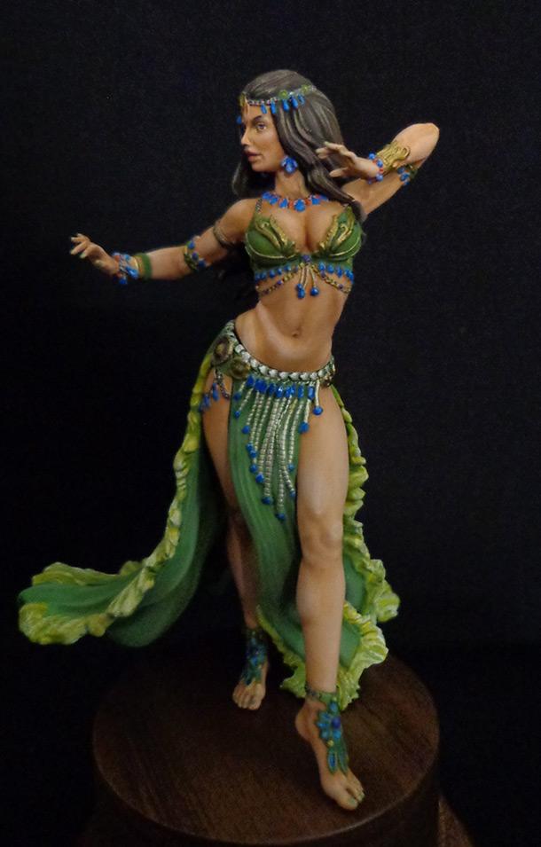 Фигурки: Восточный танец, моя версия