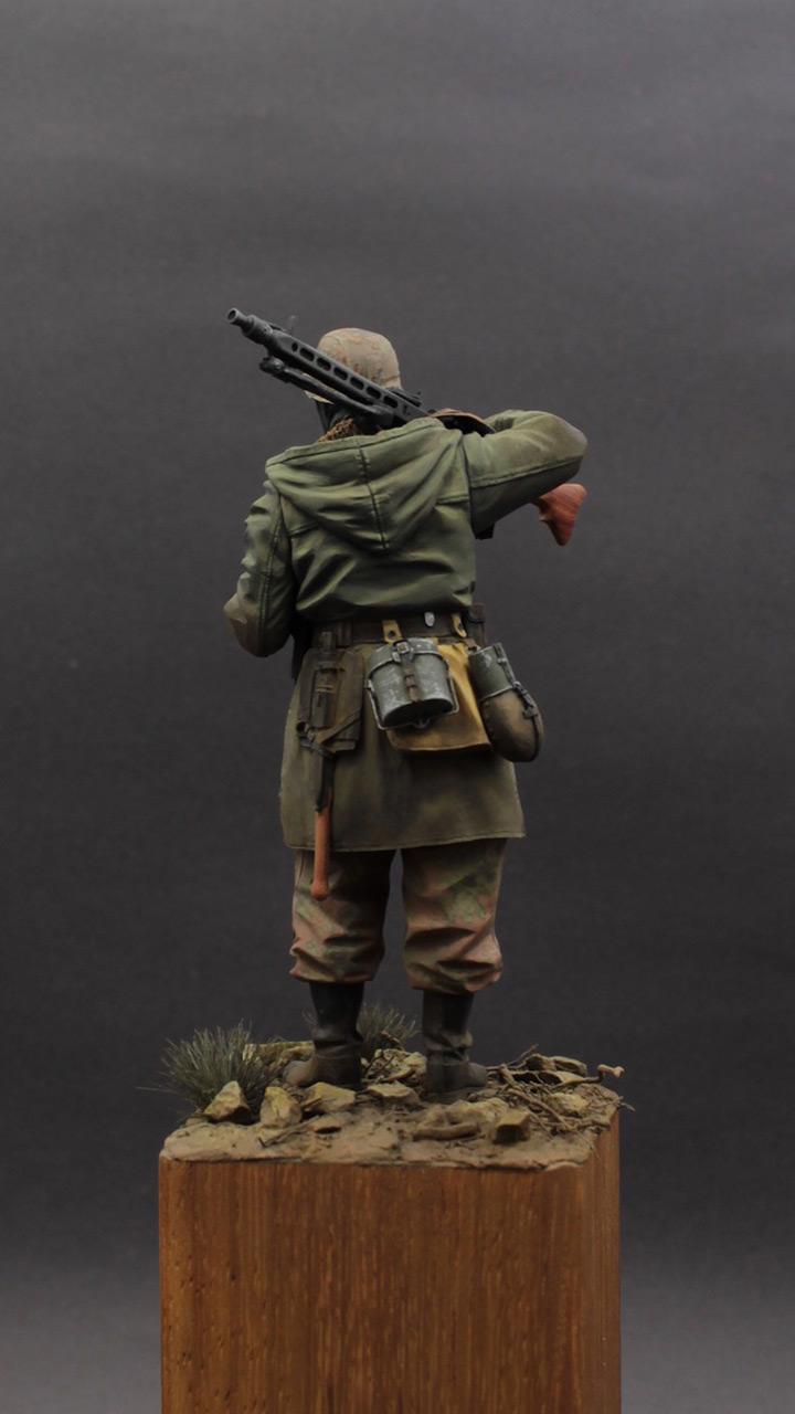 Фигурки: Пулеметчик MG-42, Waffen SS, фото #4
