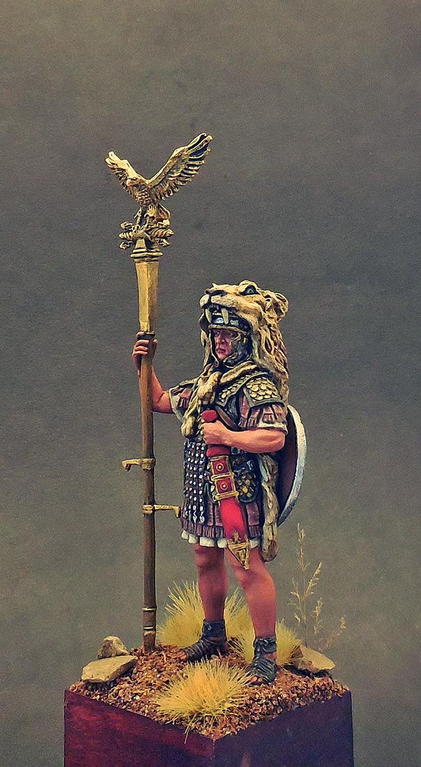 Фигурки: Аквилифер римского легиона. 1-2 вв. н.э., фото #2