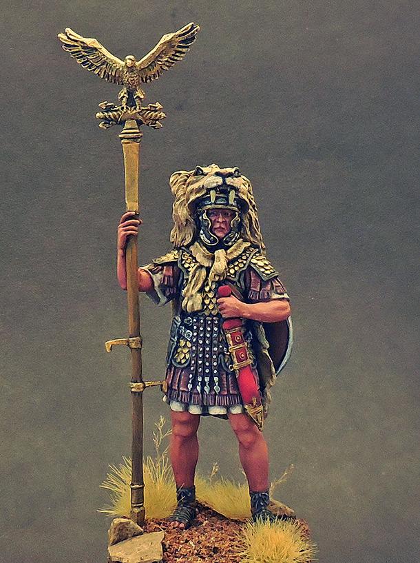 Фигурки: Аквилифер римского легиона. 1-2 вв. н.э.