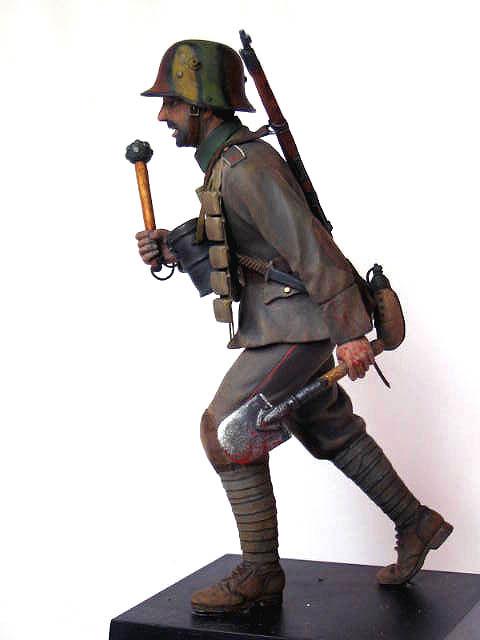Фигурки: Боец немецкой штурмовой группы, 1917-18, фото #2